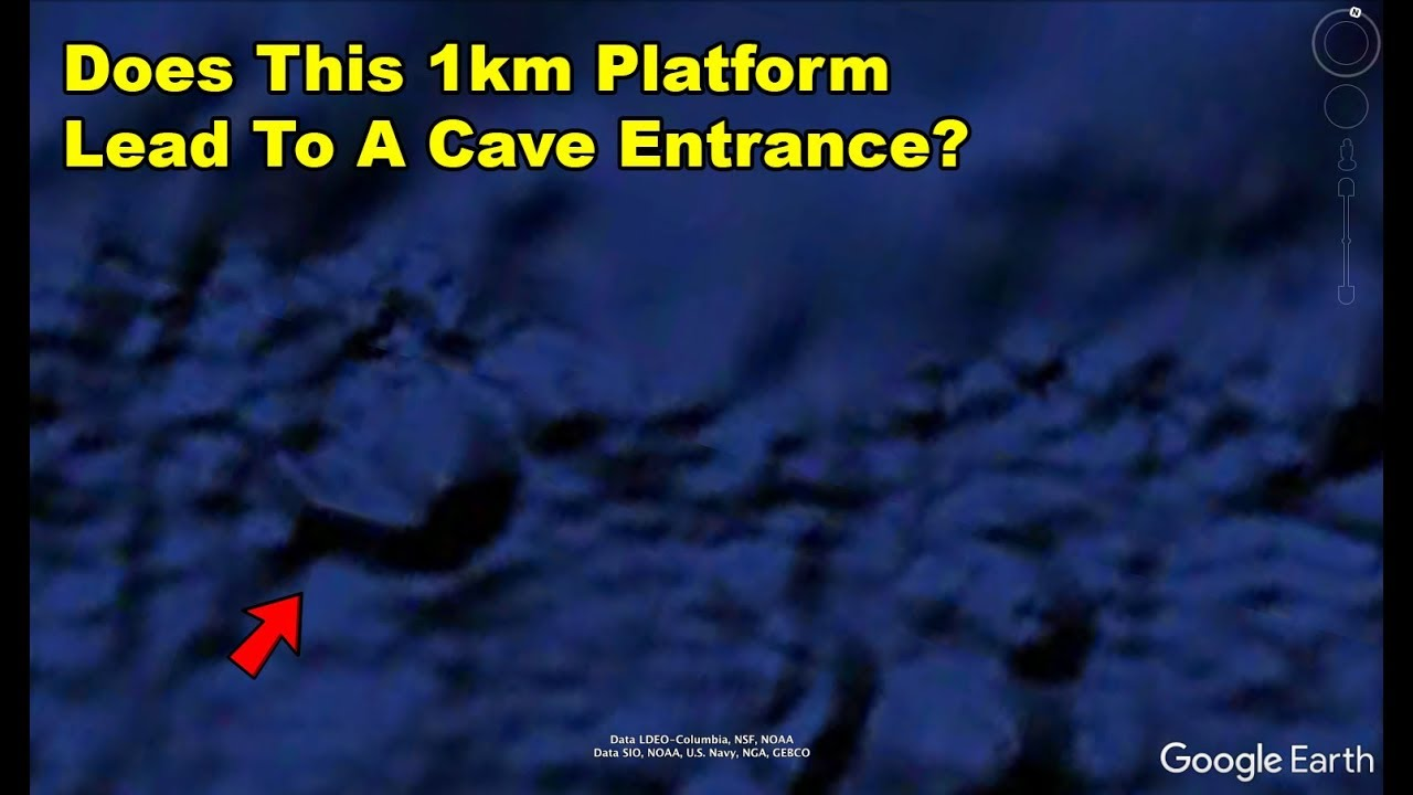 Underwater Cave Entrance In Middle of The Pacific Ocean